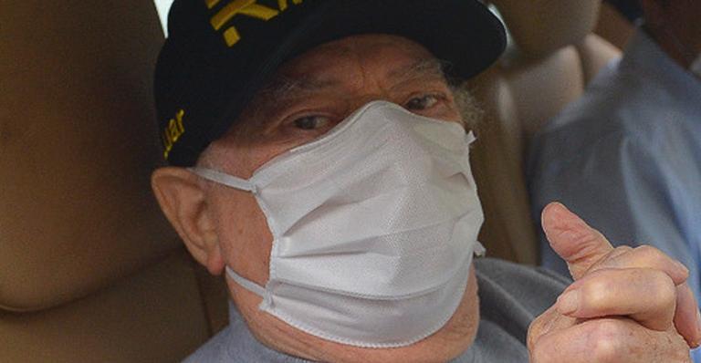 Raul Gil deixa hospital após cirurgia de risco - Francisco Cepeda/Brazil News