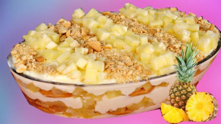 Super geladão de abacaxi,uma delicia de sobremesa,fácil de fazer