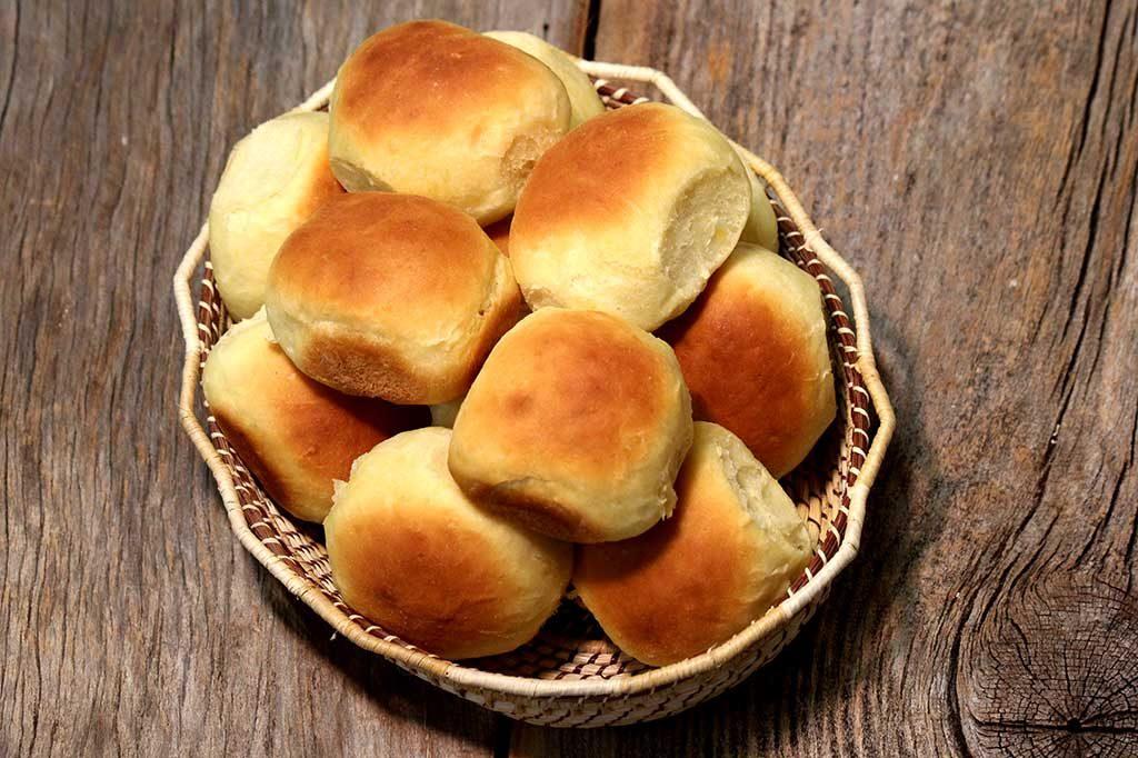 Pão de mandioquinha com castanhas